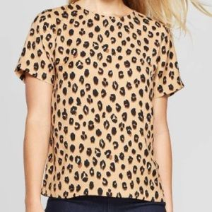 A new day size L washable crepe leopard print top